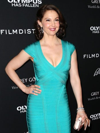 ashley_judd_olympus_premiere_a_p